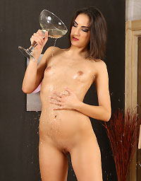 Wet And Puffy Set Miky