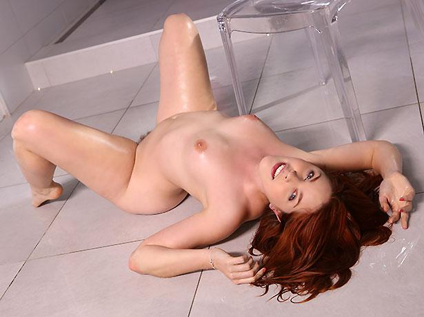 naked brazilian hot chicks