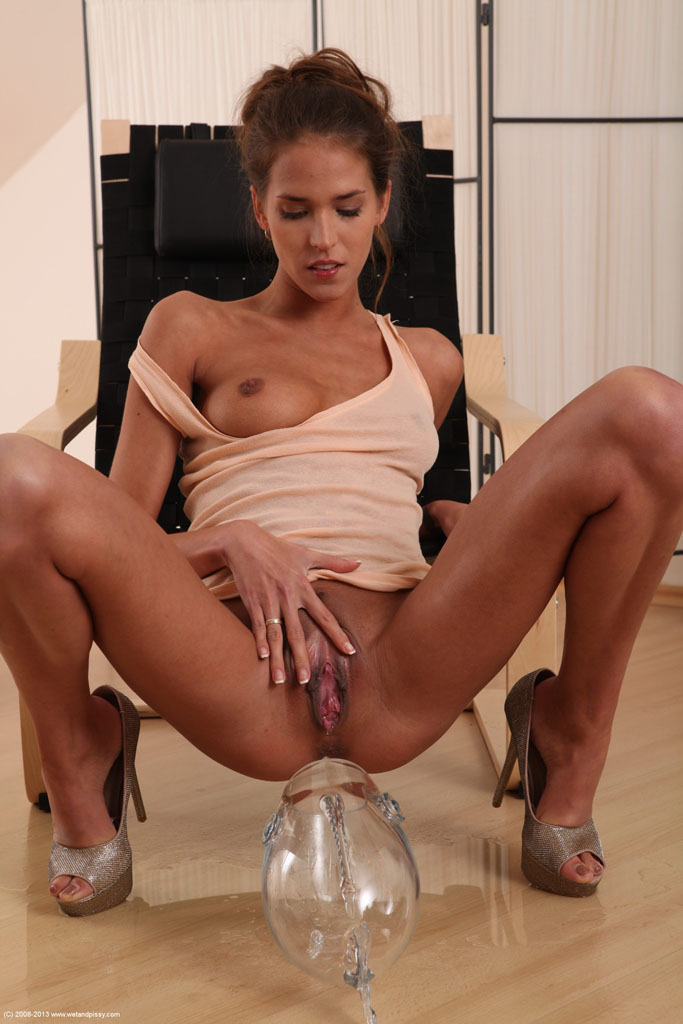Silvie Delux looks hot with piss all over her tits and a ...