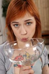 Redhead Piss Tasting #12
