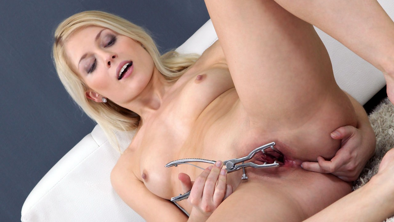 Blonde video porn