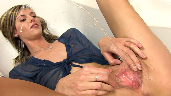 Wetandpissy dildo play and piss drinking is so much fun