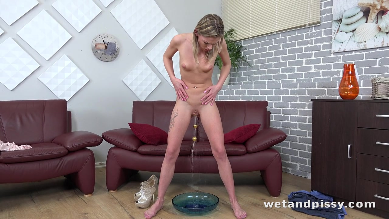 Wetandpissy so many streams pissing pussy 8